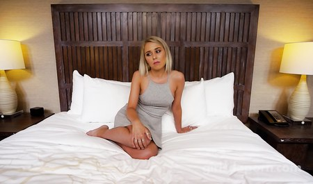 Blonde fuck in the Studio for fun and contract