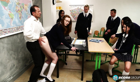 The teacher showed the students how to fuck girls