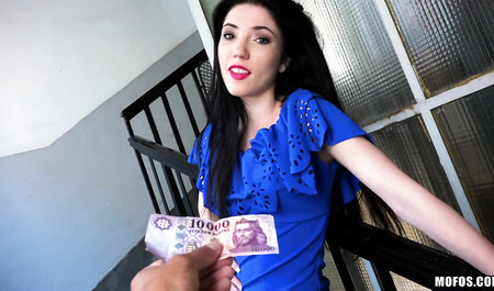 Aspiring pick up artist seducing a Hungarian to have sex for money