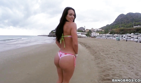 Beautiful girl banging in the ass for the sake of new experiences