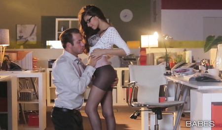 The young chef has sex with adorable Secretary in her home