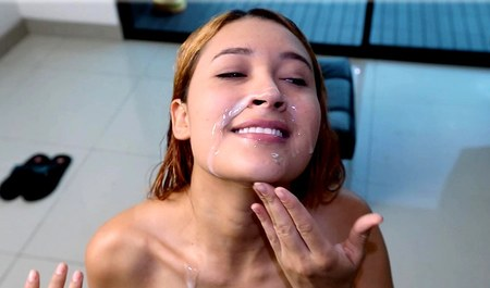 Lover pulls fresh sperm on face nipples with protruding Boobs