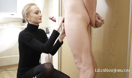 Secretary jerks off a dick boss and does Blowjob